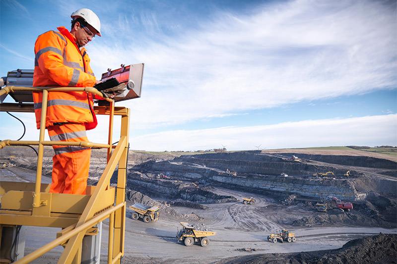 مشاغل برتر کانادا مدیریت معدن