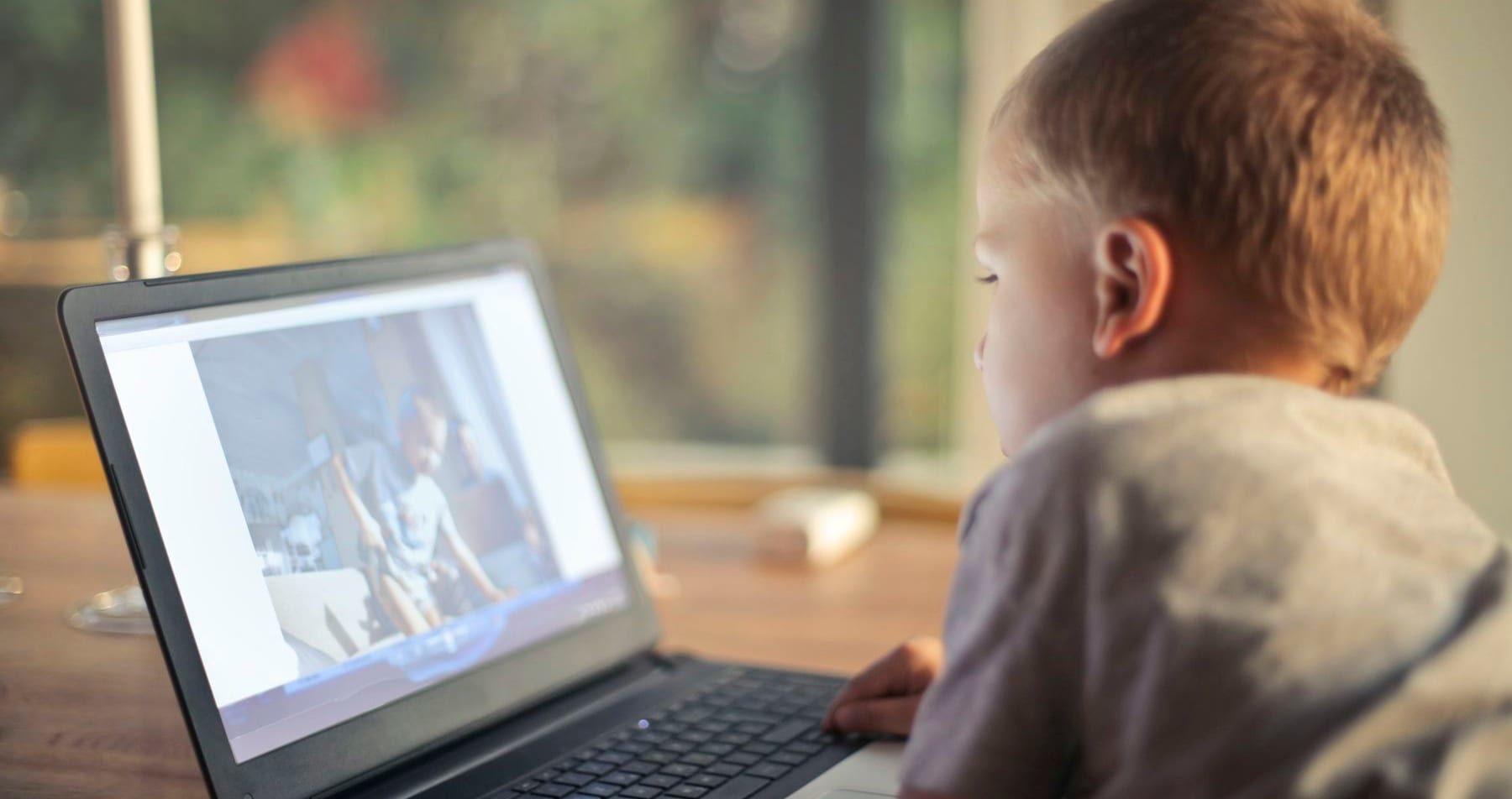 اینترنت بچهها